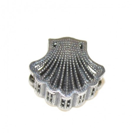 925 silver Scallop Shell with Cathedral of Saint James Charm
