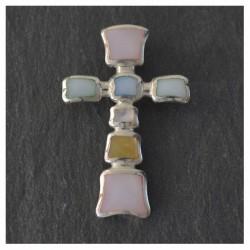 Cruz de plata y nácar multicolor
